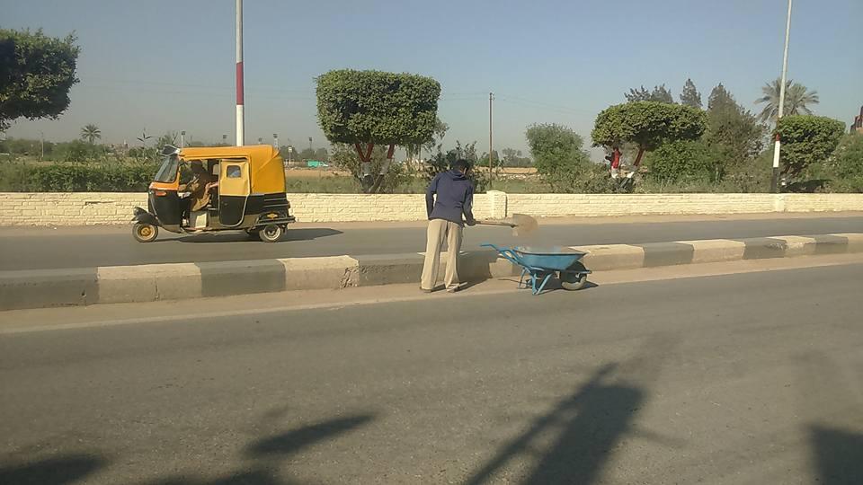 .. استمرار حملات النظافة بشوارع فاقوس 4