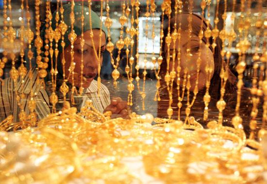 «21» يقترب من 700 بعد ارتفاع الذهب في مصر اليوم