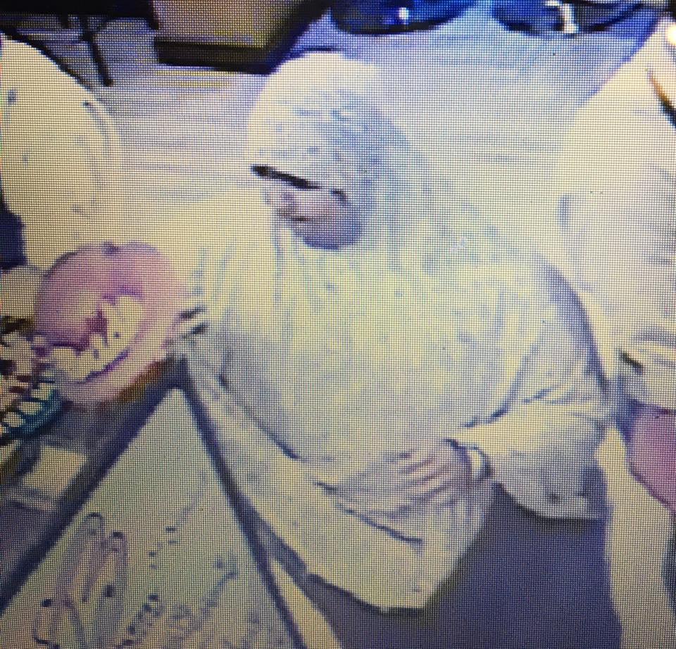 3بالفيديو .. تفاصيل واقعة سرقة أحد السيدات داخل محل مشهور بالزقازيق