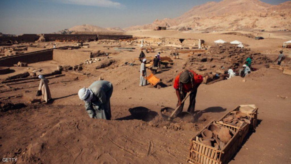 اكتشاف أثري جديد بمنطقة دهشور