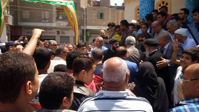 يشاركون في افتتاح مسجد الخير بالزقازيق