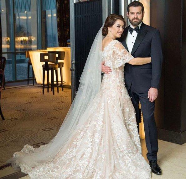 علوش تكشف لصاحبة السعادة عن تفاصيل علاقتها بعمرو يوسف قبل الزواج