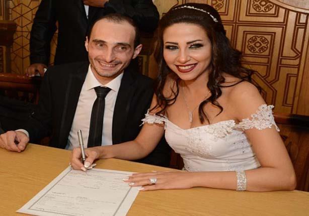 2بالصور .. فنانون أعلنوا طلاقهم قبل مرور عام على زواجهم.. بعضهم انفصل بعد 48 ساعة