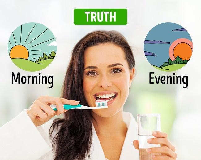5. أكذوبة كلما غسلت أسنانك أكثر كان ذلك أفضل