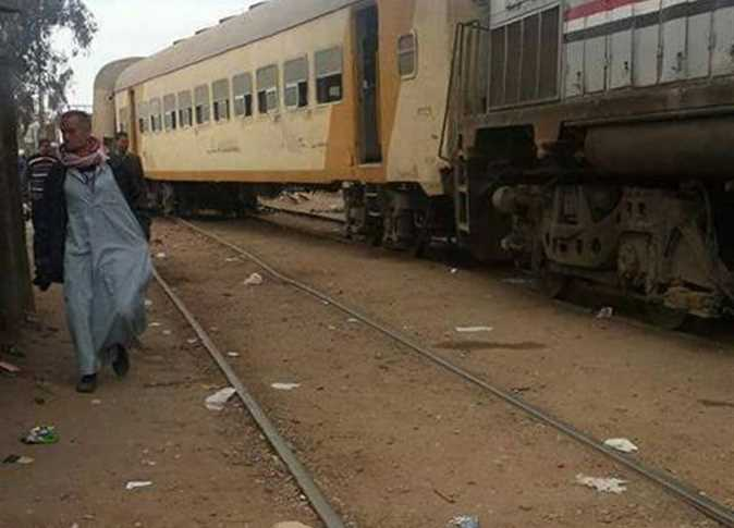 قطار «أبوكبير الصالحية» عن القضبان بمحطة فاقوس دون إصابات