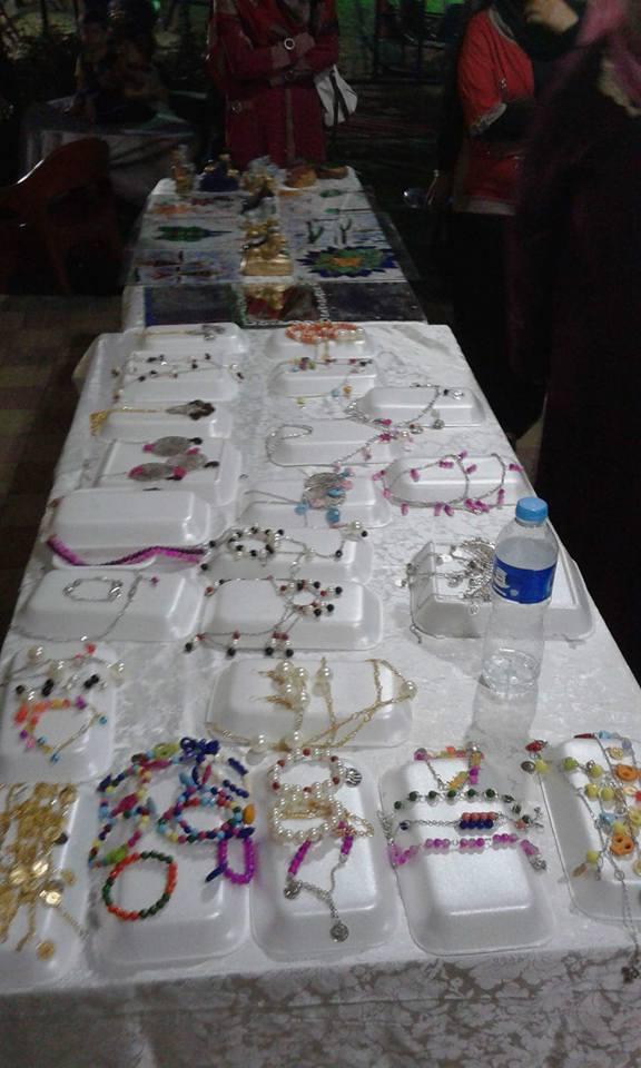 معرض الحرف اليدوية للمصريات والسوريات بمركز شباب العاشر من رمضان2