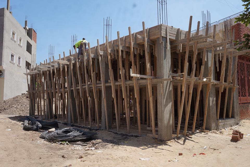 أعمال إنشاء «مكتب عمل» بكفر صقر