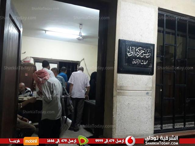 ركاب قطار «القاهرة الزقازيق» لعدم إنزالهم على الرصيف ونزولهم بالورشة 1