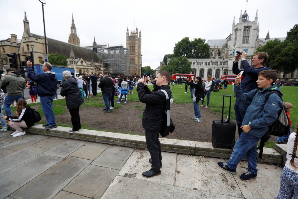 5بعد 185 عامًا .. ساعة «بيج بن» تتوقف عن الدق في لندن لـ 4 سنوات