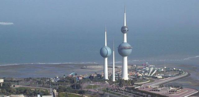 الكويتية تصدر قرارًا رسميًا يخص المصريين العاملين بها