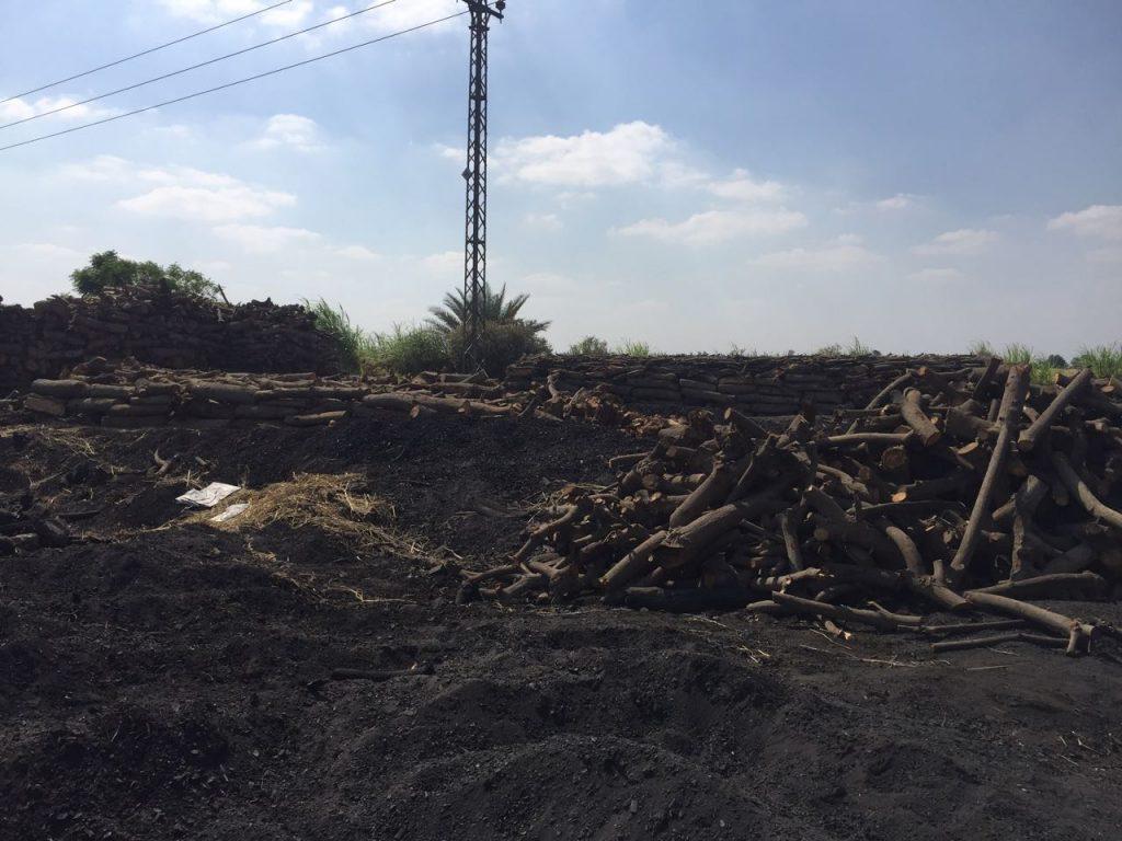حملات تفتيش البيئة على مكامير الفحم بالشرقية
