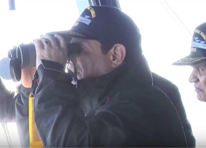يشهد المناورة البحرية ذات الصواري