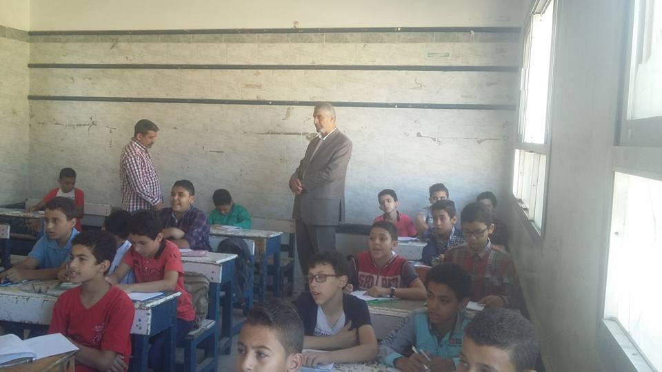 إدارة أبوكبير التعليمية يتفقد مدارس المدينة.