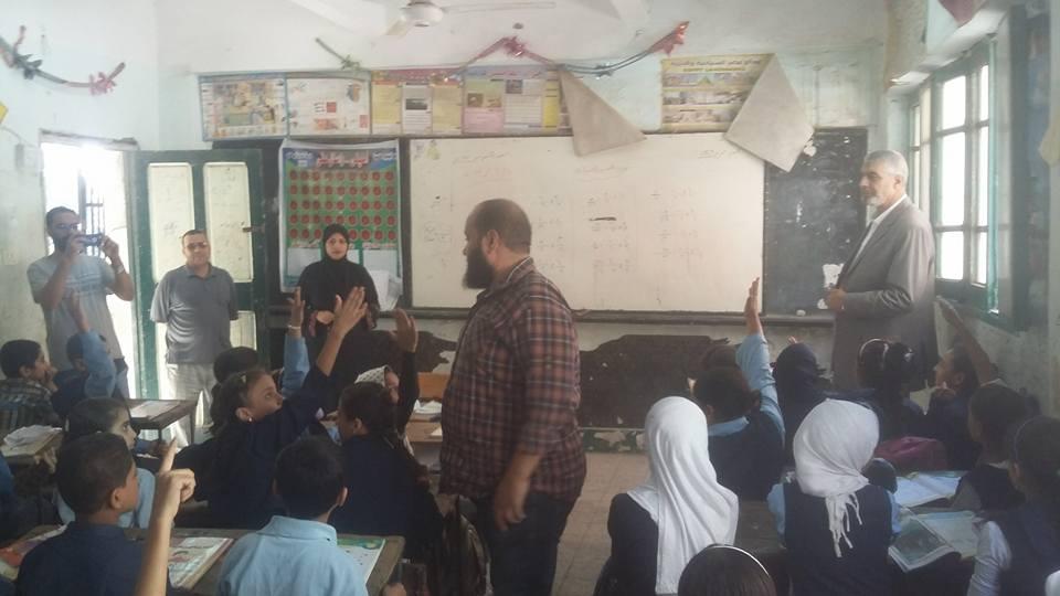 إدارة أبو كبير التعليمية يتفقد مدارس المدينة