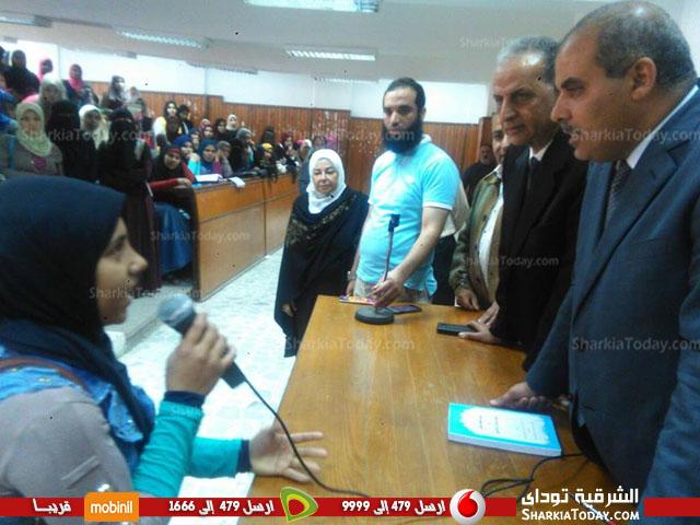 جامعة الأزهر يتفقد الدراسات الإسلامية والعربية بنات بالزقازيق3