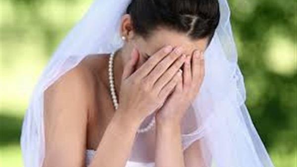 يصفع عروسه بحفل الزفاف ورد فعل «جنوني» من أهلها