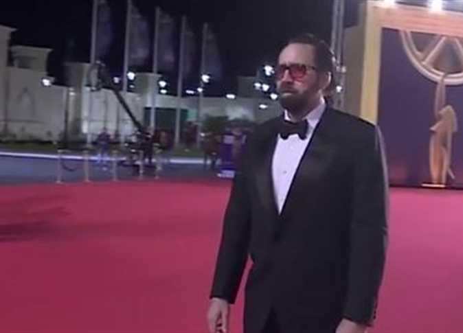وصول نيكولاس كيدج إلى حفل ختام «القاهرة السينمائي»