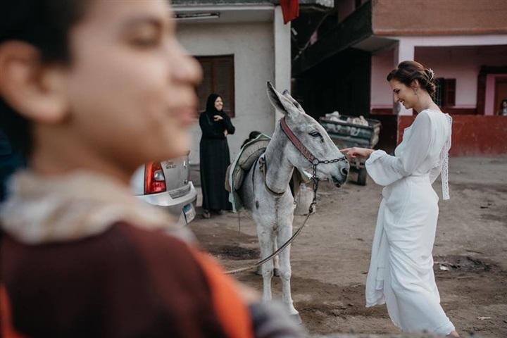 يتزوج ألمانية وجلسة تصوير مبهرة في شوارع القاهرة 3