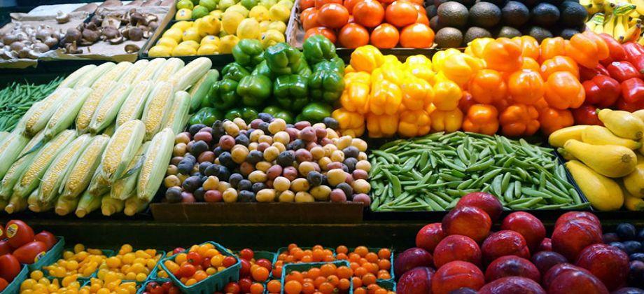 الفاكهة والخضروات اليوم الأحد 3 ديسمبر بالأسواق.