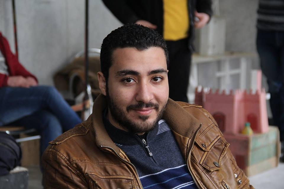 الشاعر علي أبو المجد