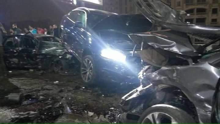3 اشخاص فى حادث تصادم 4 سيارات أعلى كوبرى أكتوبر