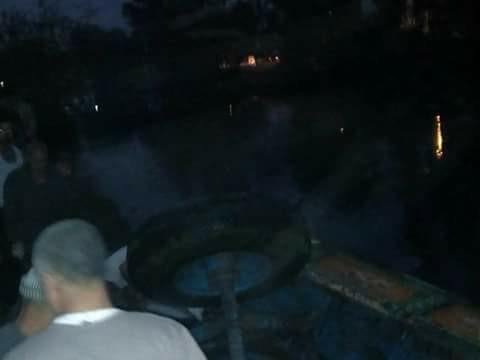 جرار زراعي في مياه بحر مويس بكفر صقر 2