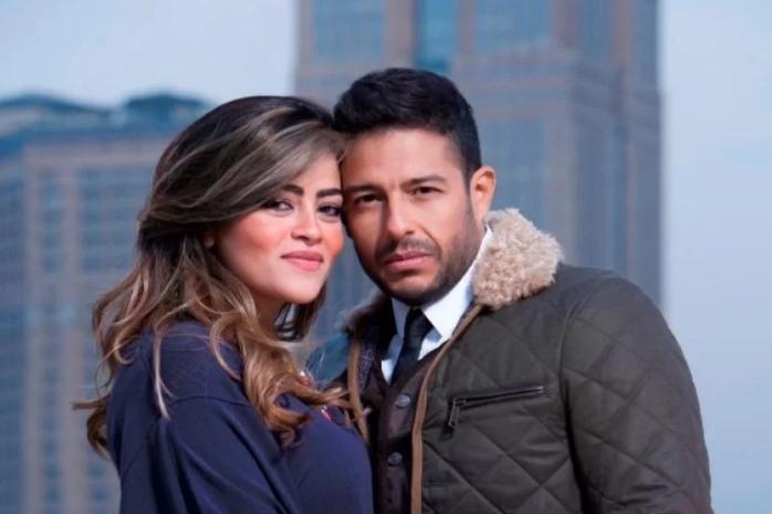 أول تعليق لزوجة محمد حماقي بعد تقديمه خاتم لمتسابقة على مسرح «ذا فويس»   الشرقية توداي