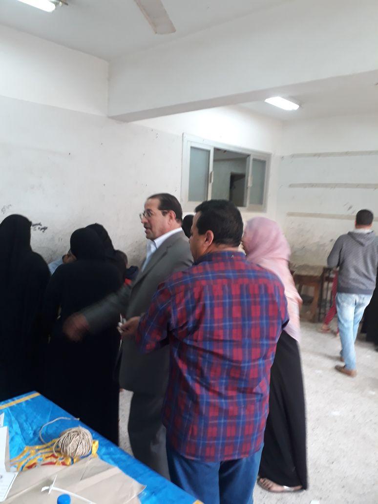 عفيفي عضو النقابة العام للمحامين يتابع لجان انتخابات الرئاسة بالشرقية