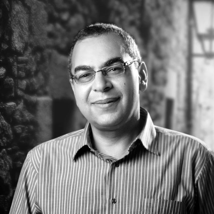 خالد توفيق