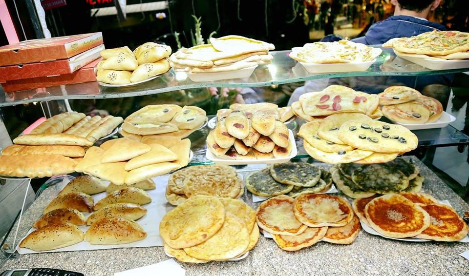 المعجنات بمطعم الركن السوري بالزقازيق