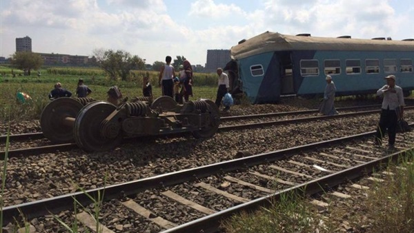 جديد بين قطارين في أسوان