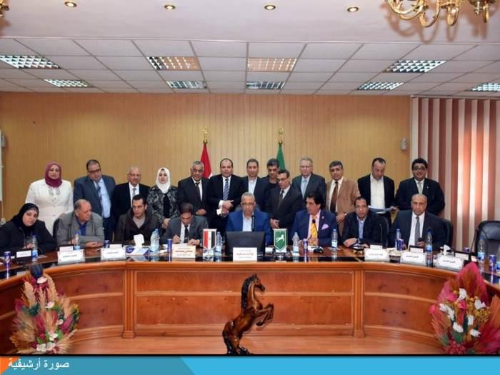الشرقية يجتمع بأعضاء مجلس النواب لعرض مشاكل المواطنين
