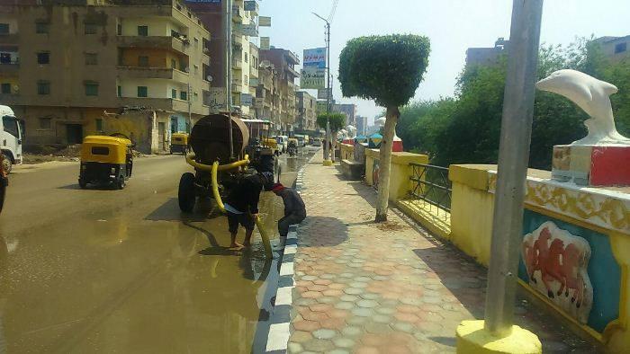 رفع مياه الأمطار من شوارع الشرقية