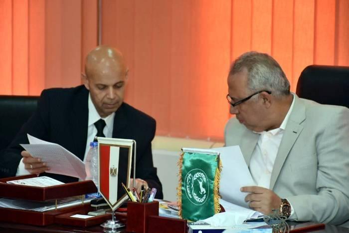 محافظ الشرقية يلتقي وكيل وزارة الصحة الجديد
