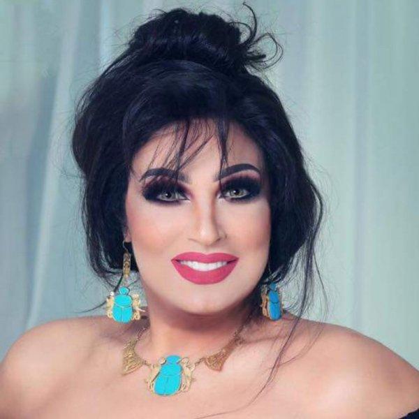 اطلالة فيفي عبده مع معصومة الهاشم