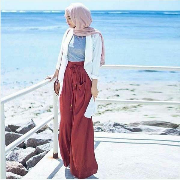 3deb7d2d3f216 ملابس محجبات للبحر لصيف 2018