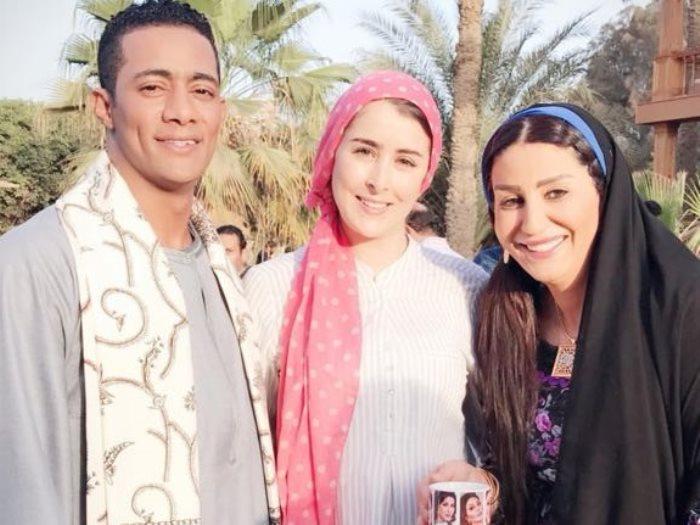 وفاء عامر مع محمد رمضان في نسر الصعيد