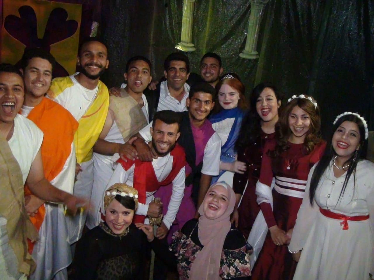 «حلم ليلة صيف»عرض مسرحي يقدمه فريق تربية نوعية