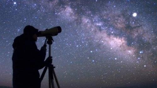 البحوث الفلكية : تستطلع غدا هلال شوال