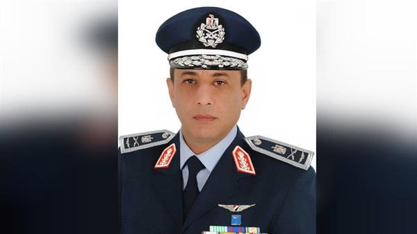 اللواء محمد عباس حلمى قائدًا للقوات الجوية