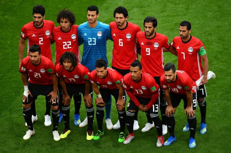 تعليق ناري من عمرو أديب بعد خسارة مصر