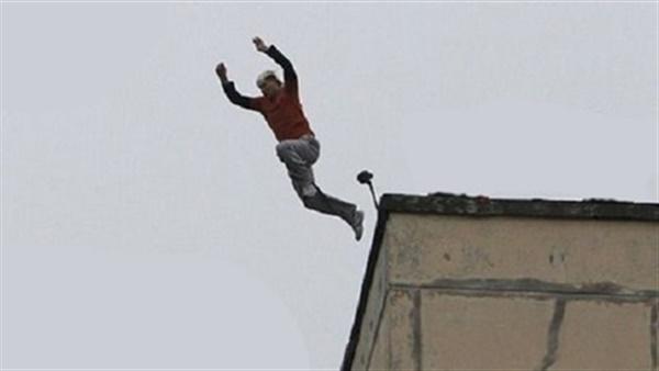 تفاصيل جديدة في واقعة انتحار طالب من أعلى برج القاهرة