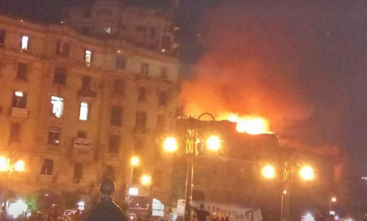 حريق هائل بفندق في رمسيس
