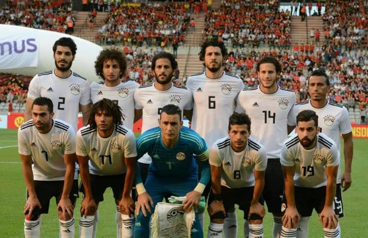 لاعب الأهلي السابق يوضح أسباب هزيمة مصر
