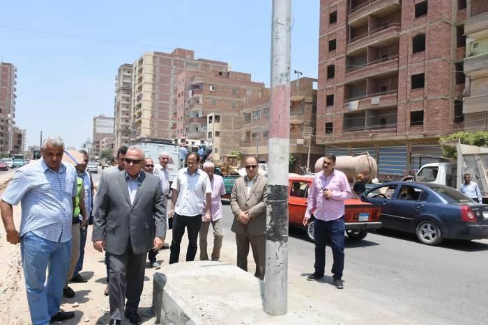 محافظ الشرقية يتفقد أعمال الرصف بطريق أبوحماد - الزقازيق