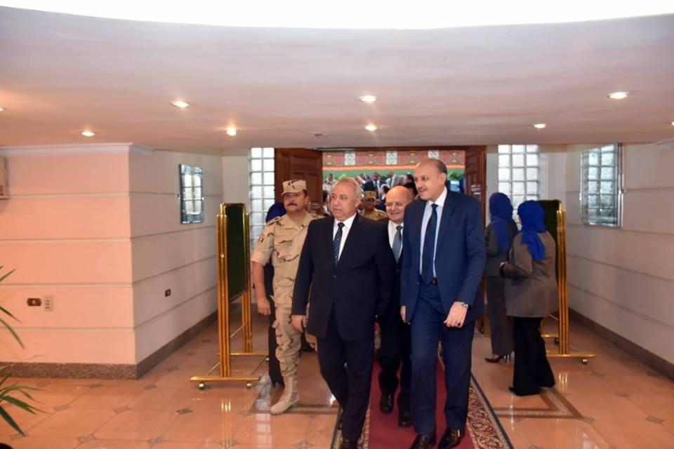 الشرقية يشارك جامعة الزقازيق حفل الافطار بحضور عدد من الوزراء3