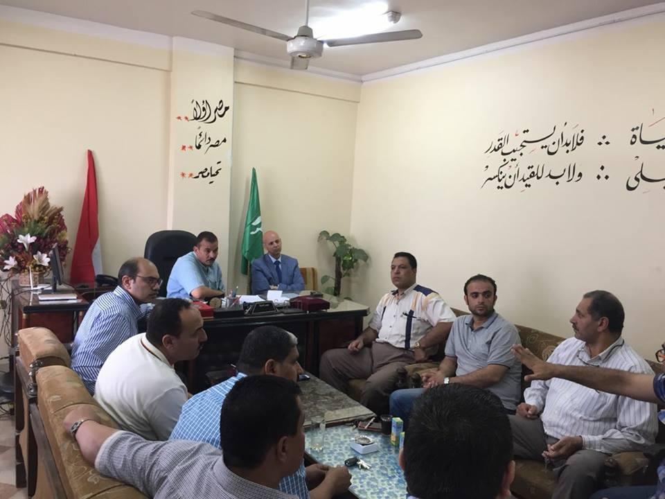 صحة الشرقية يعقد اجتماع بمجلس مدينة القنايات