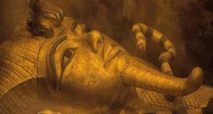 الآثار تكشف مصنع للمستنسخات الأثرية المصرية