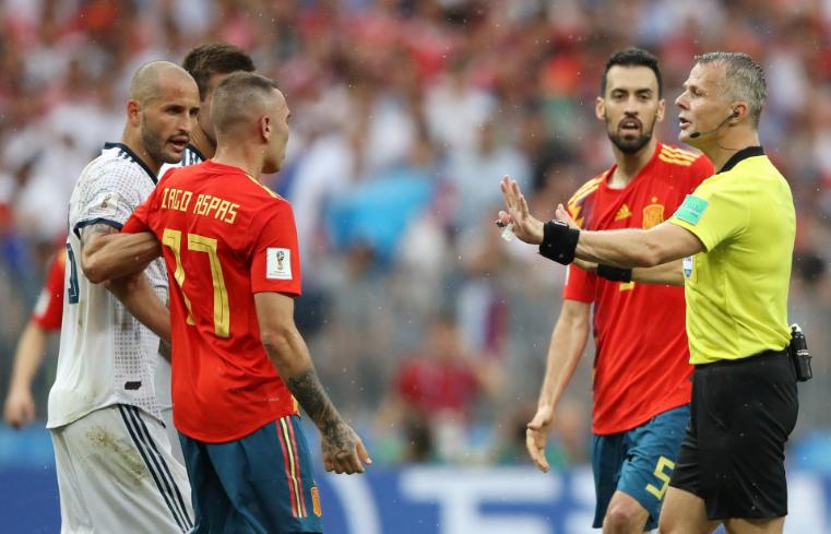 التبديل الرابع يطبق لأول مرة في مباراة إسبانيا وروسيا