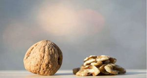 الجوز يوميا تقي من خطر الإصابة بالسكري